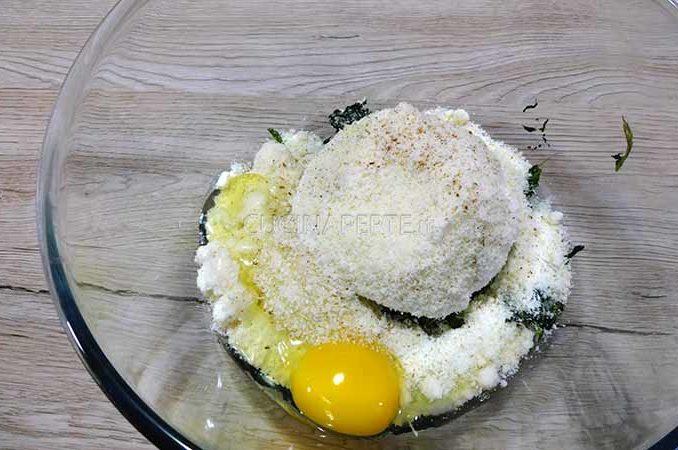 Formaggio e uovo