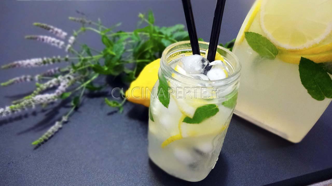 Ricetta Limonata Con Menta.Limonata Alla Menta Cucina Per Te