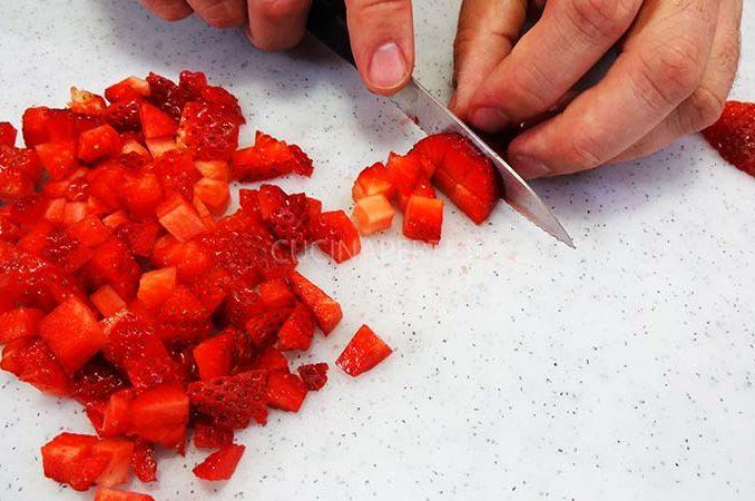 Tagliare le fragole
