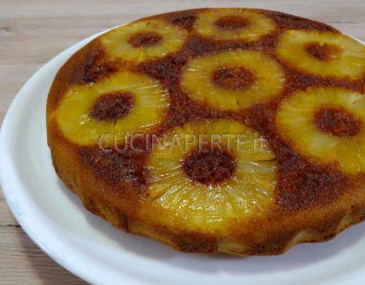 Torta rovesciata all'ananas