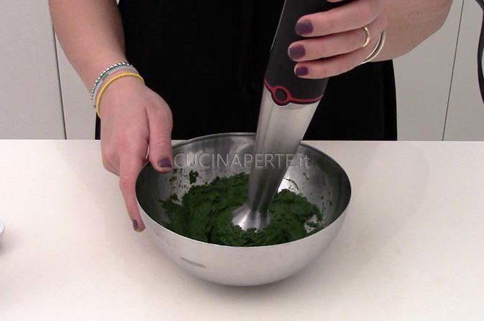 Frullare gli spinaci