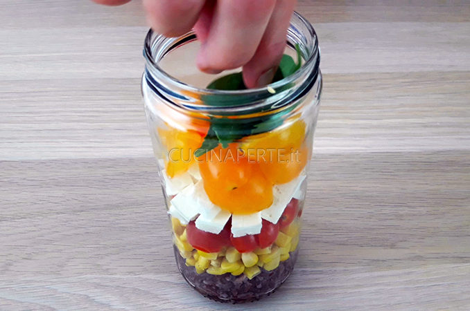 Salad in the jar